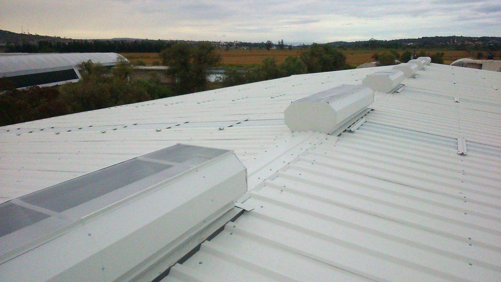 laminas-techo-tierra-y-metal